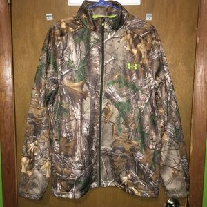 UnderArmour Scent Control Realtree Xtra Soft Shell